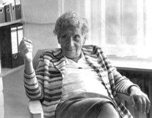 Emmi Pikler, creadora de la pedagogía del Movimiento Libre